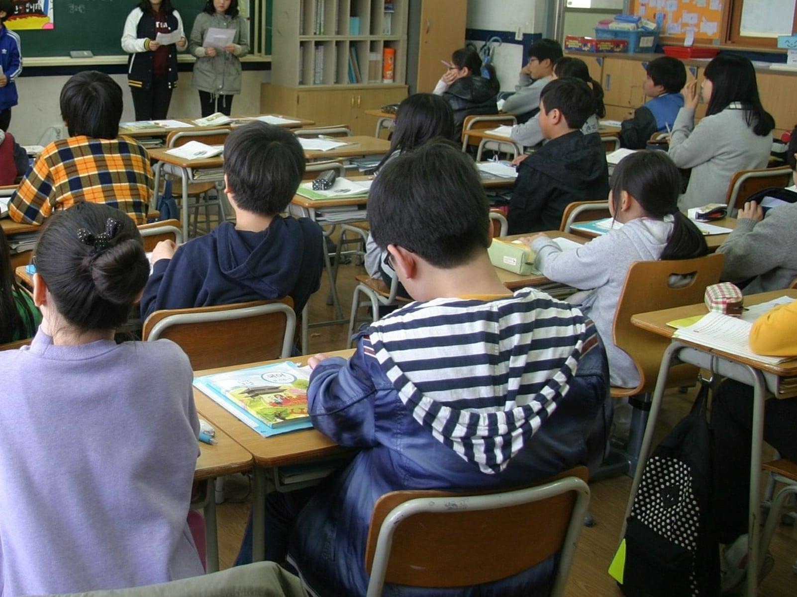 Probleme și soluții în cadrul educației formale